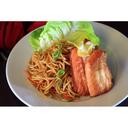 noodles con verdure e salmone alla griglia (sopra)